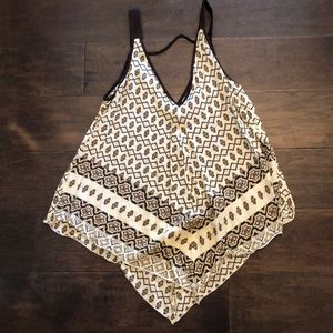 Brown and cream pattern tank ya LA